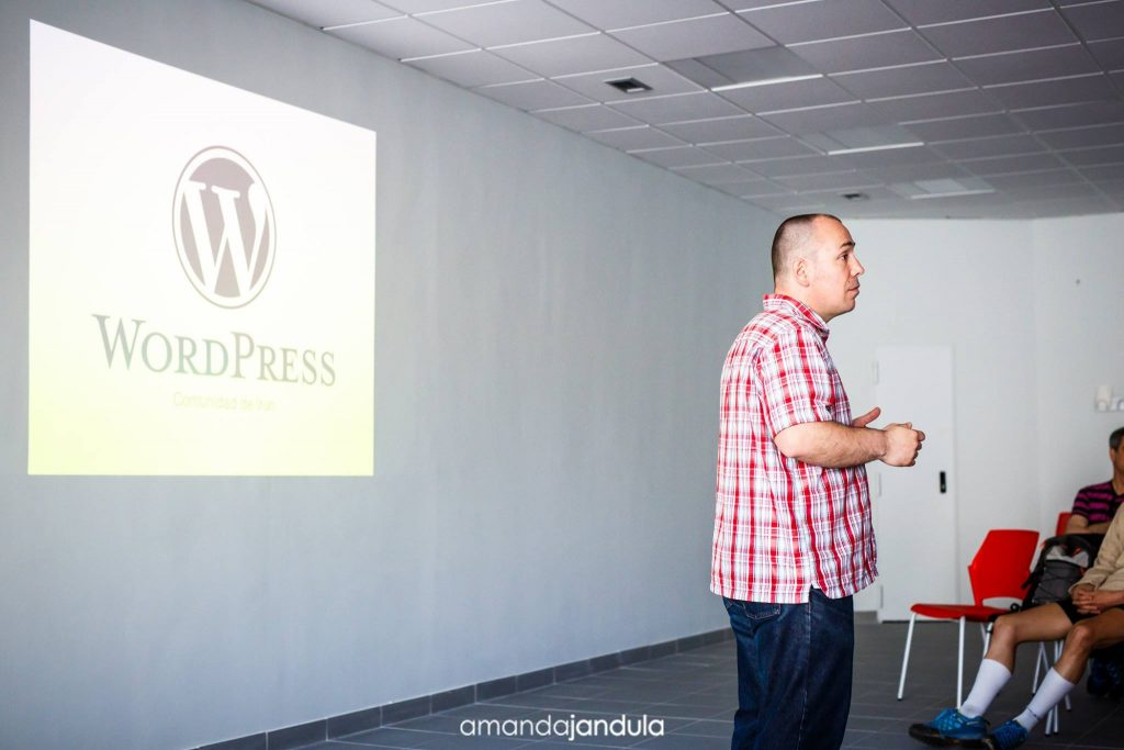 Pablo Moratinos en Irun WordPress Meetup